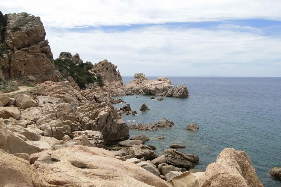 Droga na plażę Li Cossi