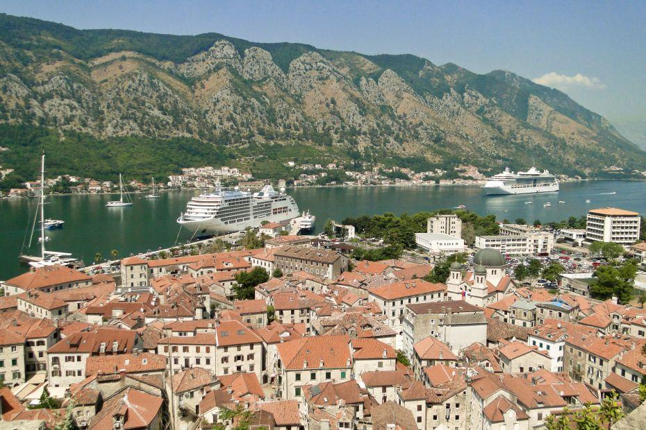 Promy wpływające do Kotoru
