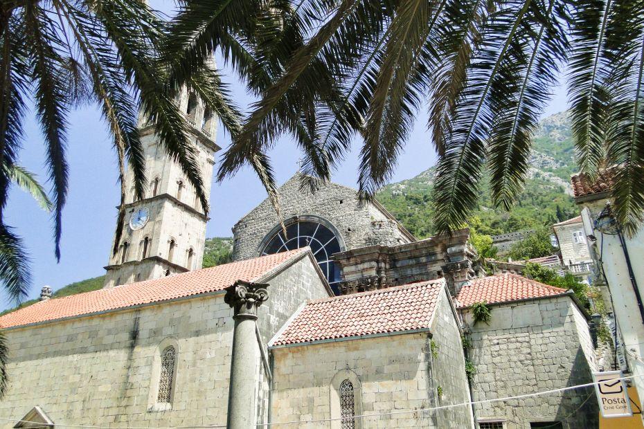 Czarnogóra, wakacje pod palmą