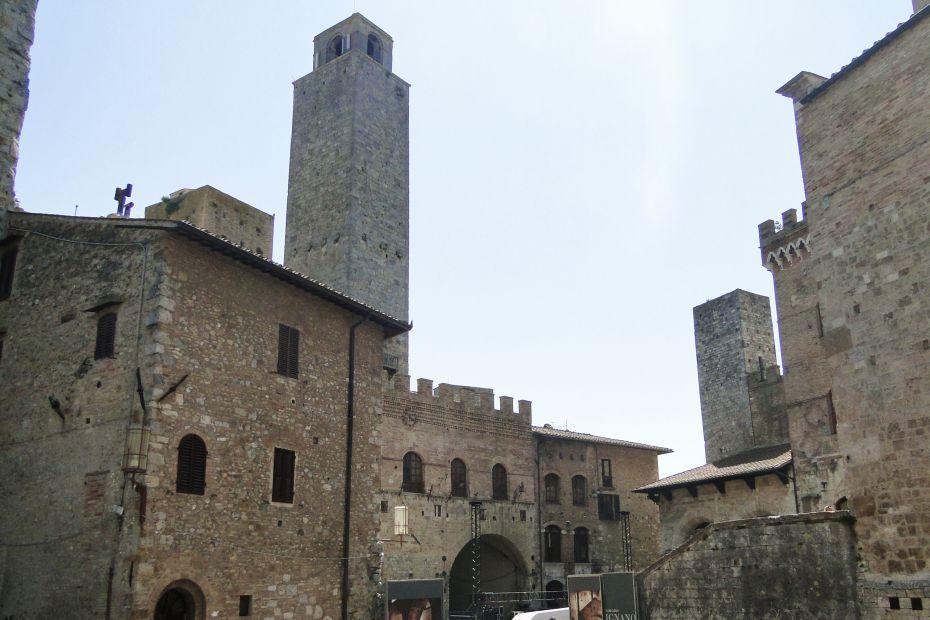 San Gimignano - wieże w Toskanii