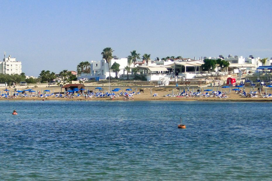 Plaża Kalamies Beach. Cypr. Protaras.