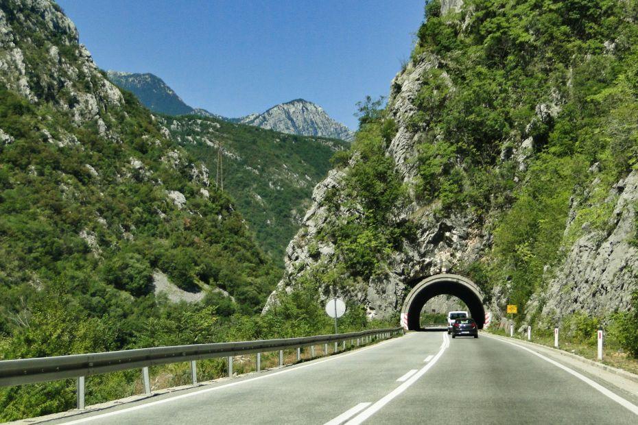 Bośnia i Hercegowina samochodem